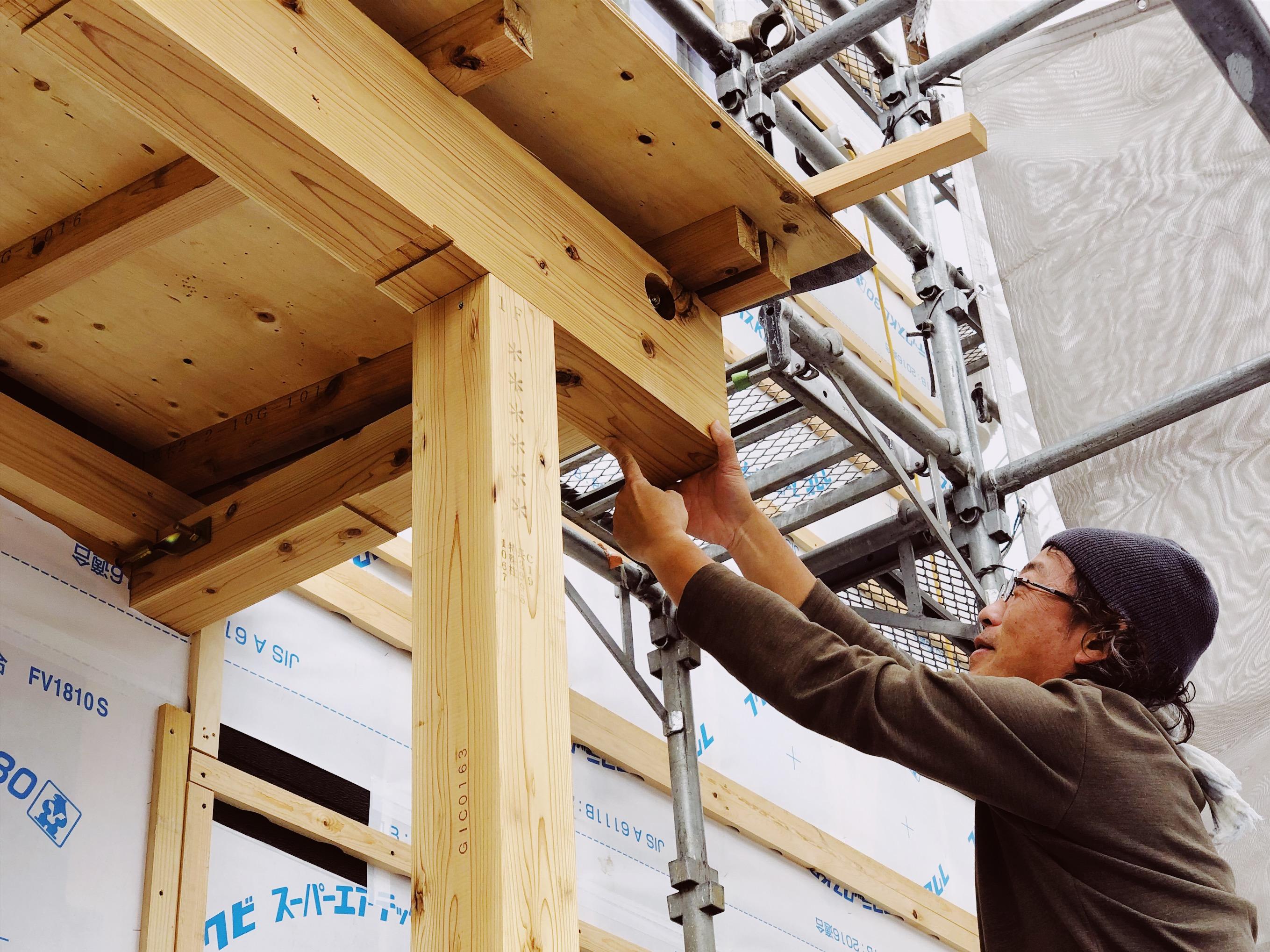 鉄骨製丸柱の収まり検討