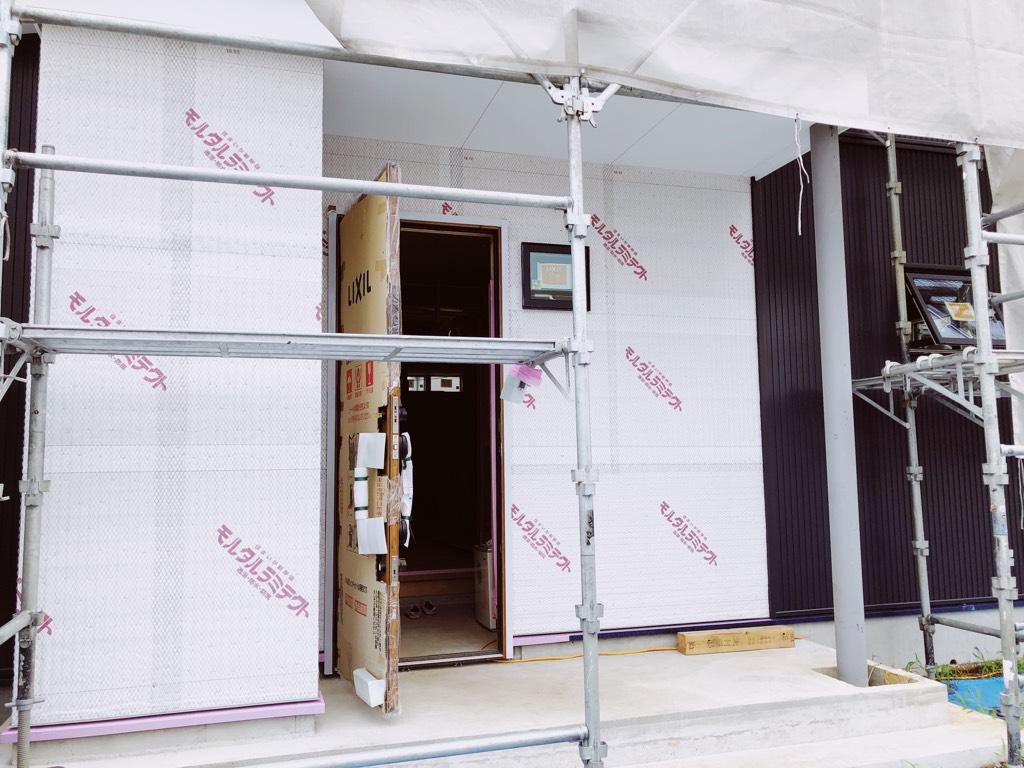未完成の玄関