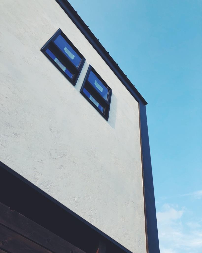 漆喰のアクセント外壁