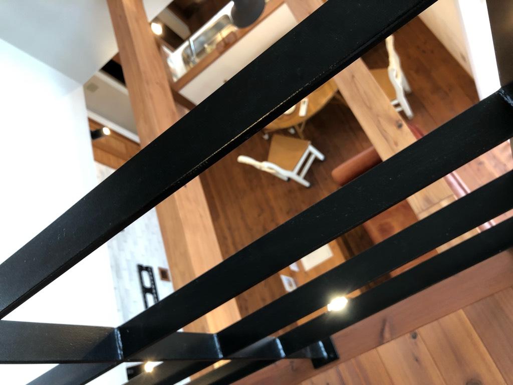 キーアイテムの2階廊下のアイアン